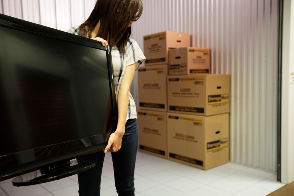 Tips to Simplify Your College Move | StorageMart